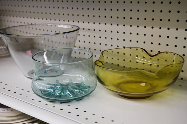 glass chip and serving bowls