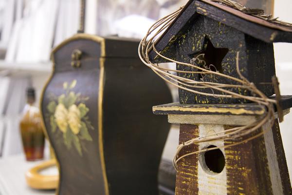 bird feeders, decorative jars